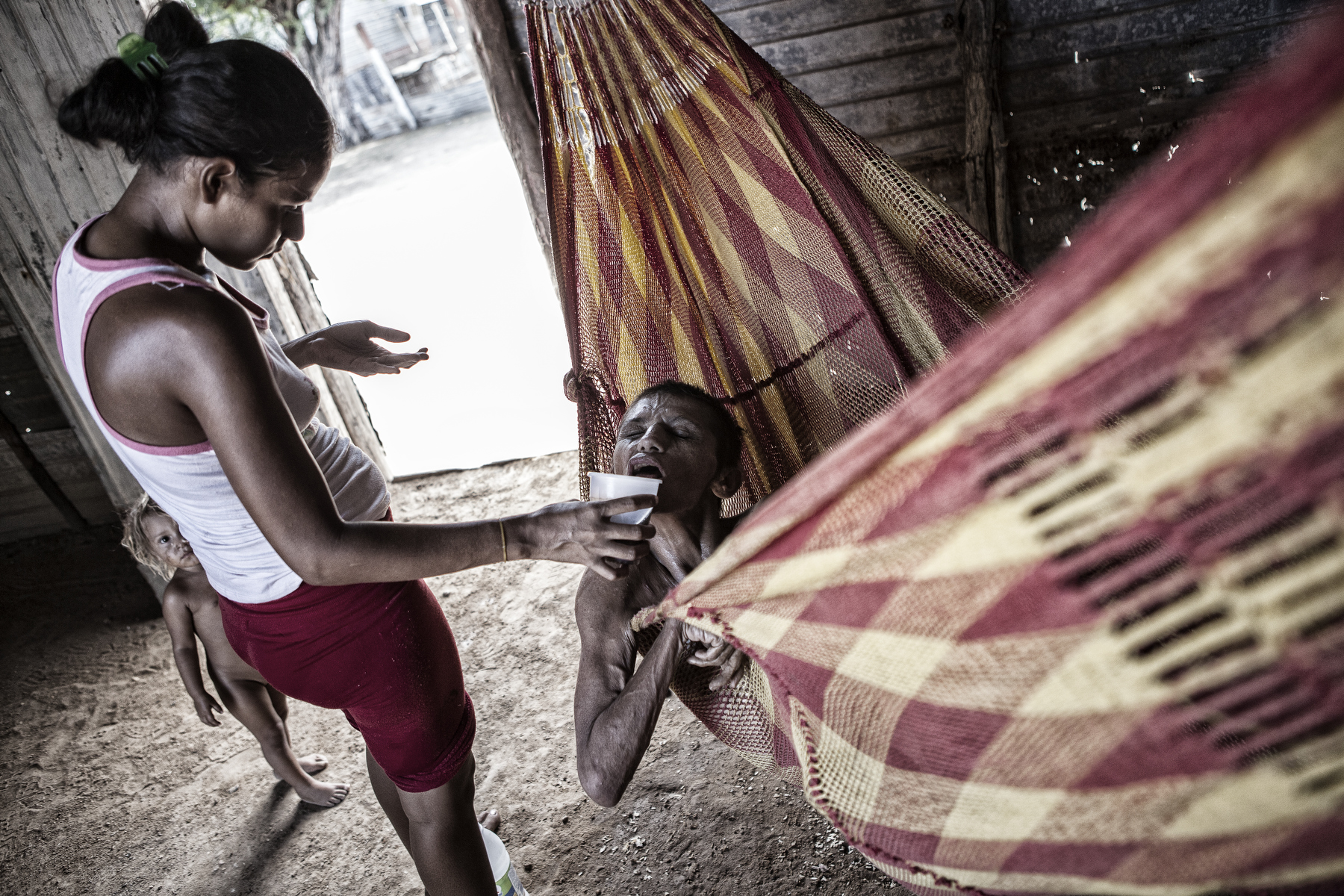 Intersection: Huntington and poverty in the Latin-American clusters